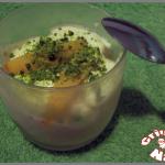 Verrines pêches, mascarpone et pistaches