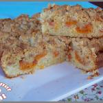 Gâteau moelleux aux abricots et son crumble