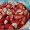 Salade fraises et banane à la menthe