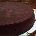 Gâteau au chocolat et aux cerises