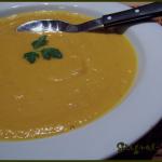 Soupe de patate douce au curcuma