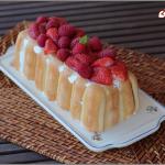Charlotte aux fraises et aux framboises