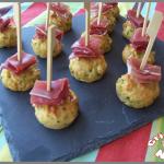 mini cakes courgette et jambon cru pour l'apéritif