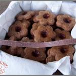 Biscuits de noël à la cannelle et à la confiture