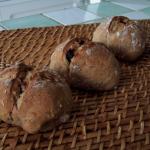 pains multi céréales, aux noix et aux raisins