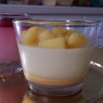 Verrines pomme vanille et sauce caramel