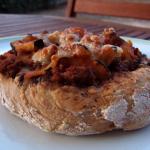 Petits pains garnis à la viande