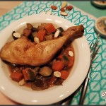 Tajine de poulet abricots, amandes et patate douce.
