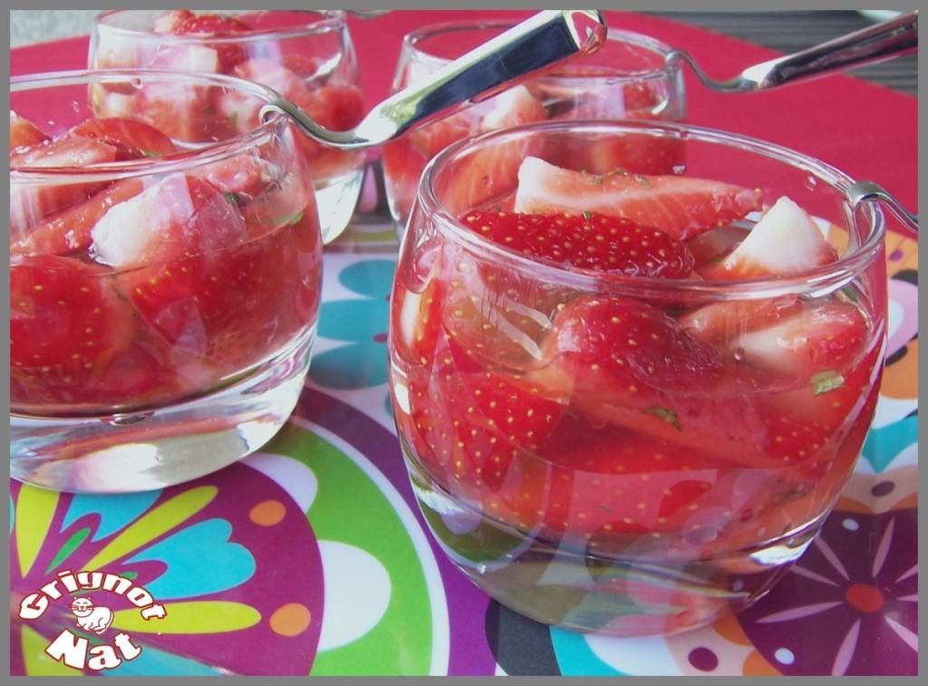 fraises-au-vin-rose-3
