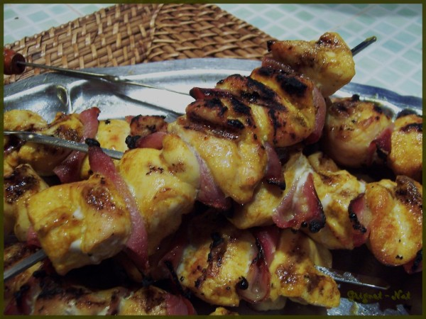 brochettes-poulet-bacon-curcuma-2