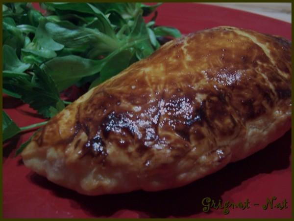 chausson-lardons---fromage-2