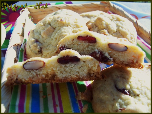 cookies-chocolat-blanc---crannneberries--amandes-3