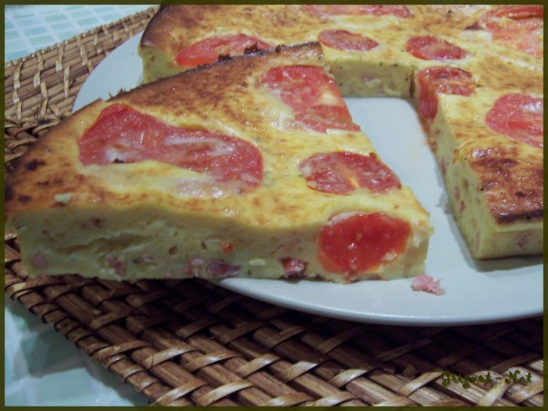 Quiche sans pâte au jambon et aux tomates 2