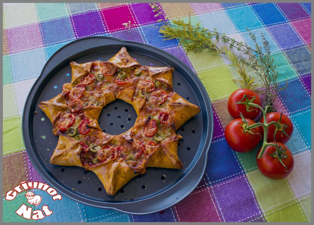 Pizza étoile jambon, tomates cerises et olives 2